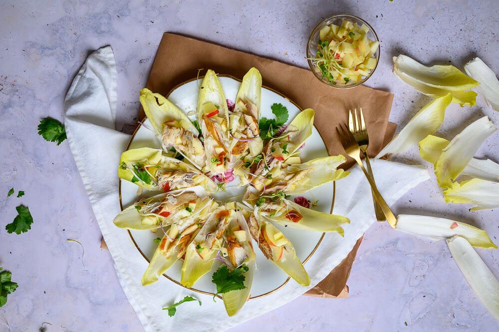 Witlofhapjes met makreel en appel